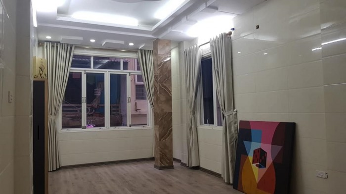 Cần bán nhà quận Hoàng Mai phố Kim Giang 35m2, 4 tầng, mặt tiền 5m, 10 bước ra phố!