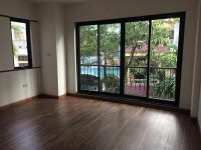 Bán Lk 50m2* 4 tầng gần KDT Parkcity-La Khê,oto vào nhà,đường trước nhà 7m có vỉa hè.