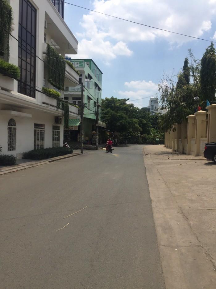 Hẻm nhựa 12m (có vỉa hè) Bùi Đình Túy, Bình Thạnh, 412m2 (12.2x32m)