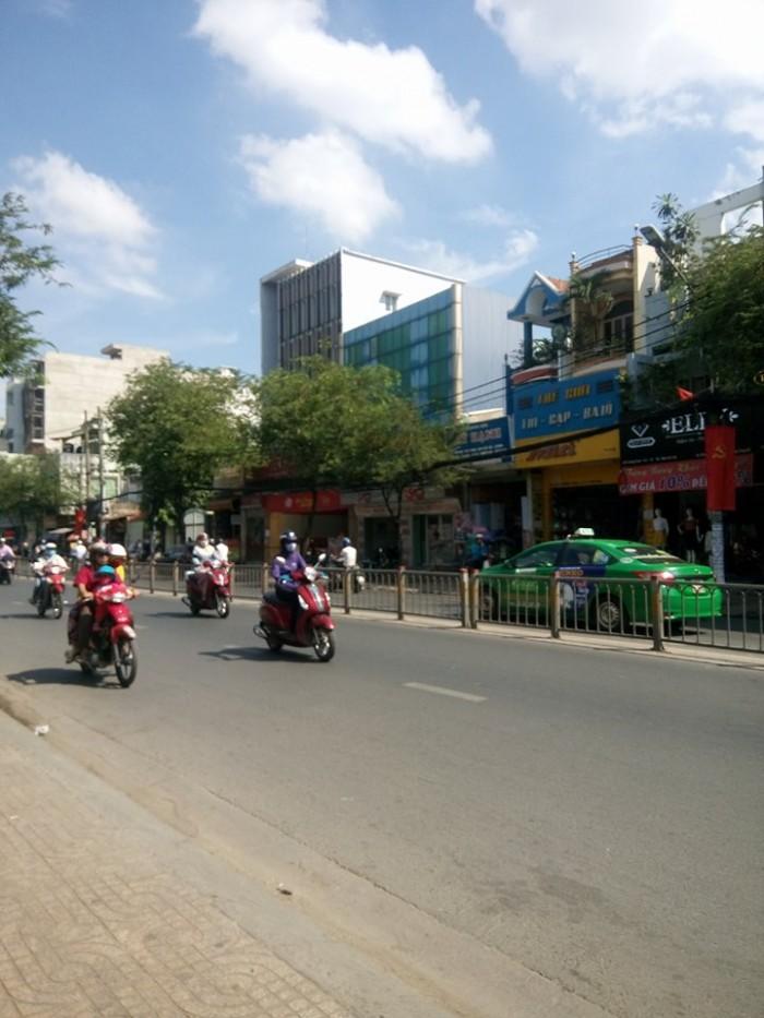 Bán MT Trường Chinh 7x23m khúc Hoàng Hoa Thám XD 2.5 Lầu