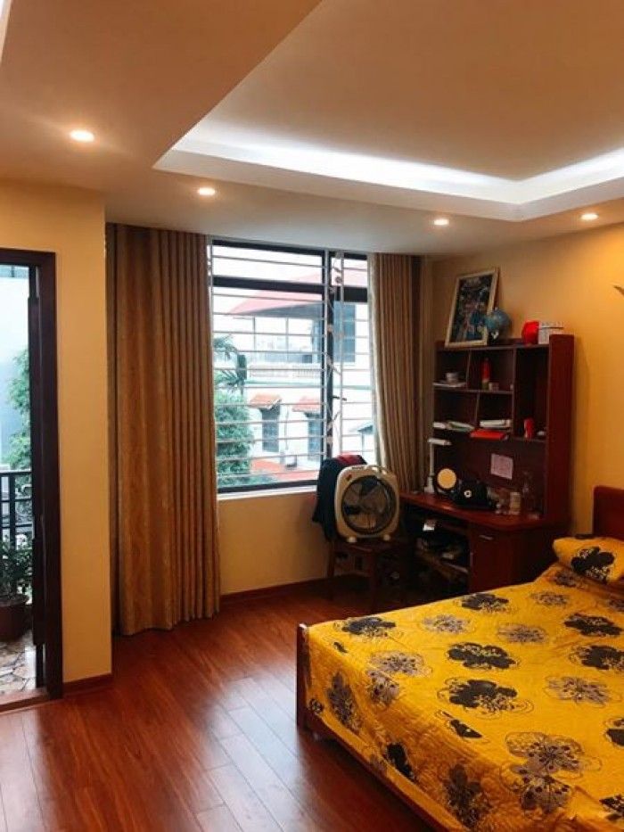 Nhà đẹp Yên Lãng, DT45m2, nhà 3 mặt thoáng