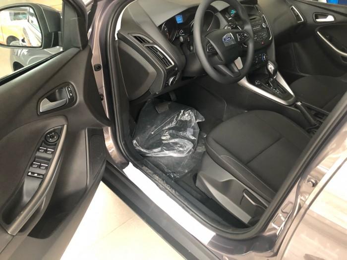 Giá xe Ford Focus Trend 5 cửa, số tự động, trả trước 150 triệu có xe ngay tại Ford Gia Định 2