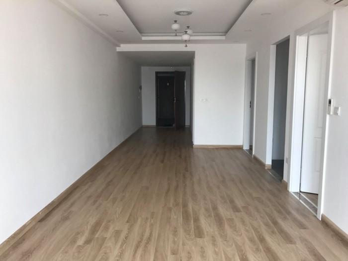 Cho thuê căn hộ 2PN, 82m2, đồ cơ bản tại Imperial Plaza