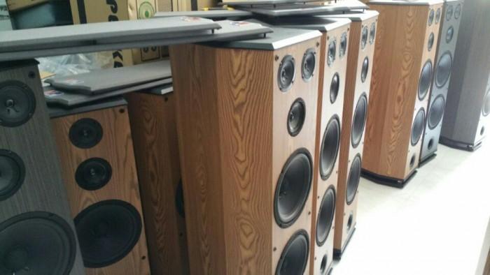 Loa AP nghe nhạc và Karaoke F-68001