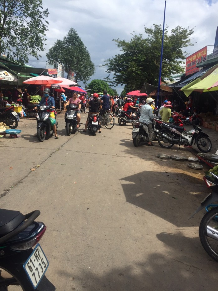 Chính chủ bán lổ 231m2(7,7x30) khu J ngay trường học, gần chợ Mỹ Phước 3