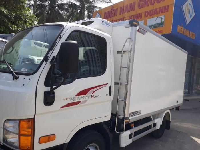 Giảm ngay 30 triệu khi mua xe tải HYUNDAI N250 thùng đông lạnh tải trọng 2,5 tấn... 3