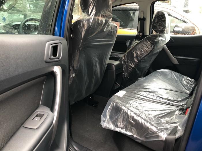 Giá Ford Ranger XLS 2.0L số sàn trả trước 200 triệu giao luôn xe tại Ford Gia Định - Gọi 0966877768 (MrHải 24/24)