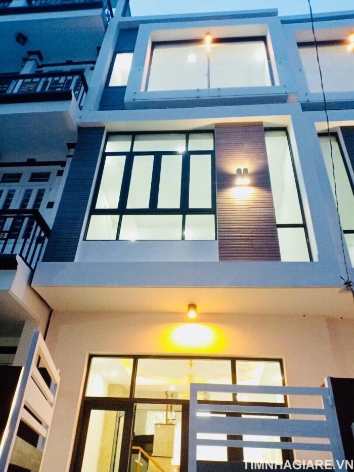 Bán nhà hẻm 2177 Đường Huỳnh Tấn Phát, Nhà Bè, diện tích 150m2, nhà phố 3 tầng, 4PN