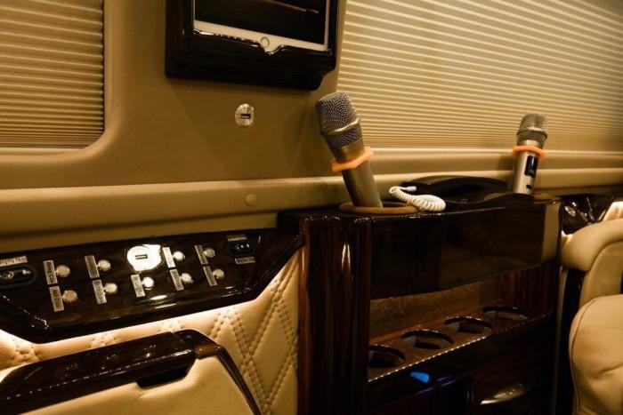 Ford Transit Limousine VIP 2019 trả trước 400 triệu giao luôn xe tại Ford Gia Định - Gọi ngay 0966877768 (Mr Hải 24/24)