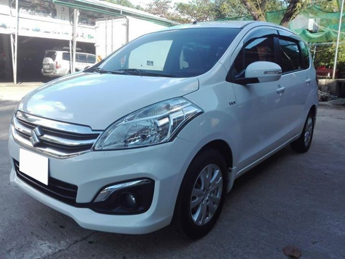 Cần bán xe Suzuki Eatiga 2016 ,màu trắng ngọc trinh
