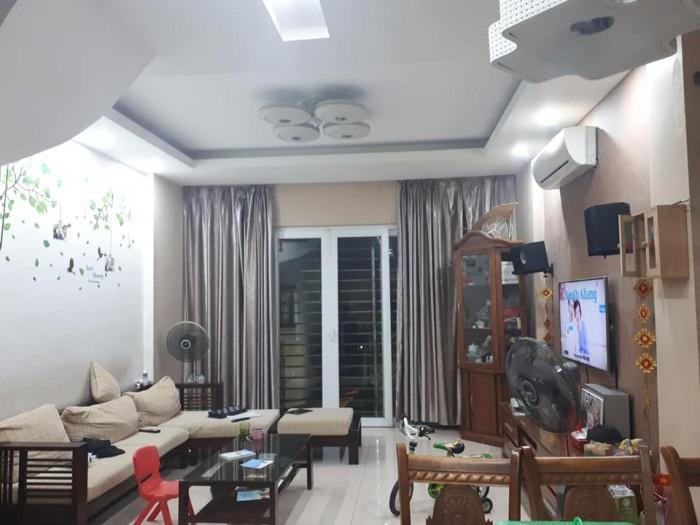 Bán gấp nhà mặt Phố Kim Đồng, quận Hoàng Mai, 2 vỉa hè rộng, lô góc, Vip nhất Phố