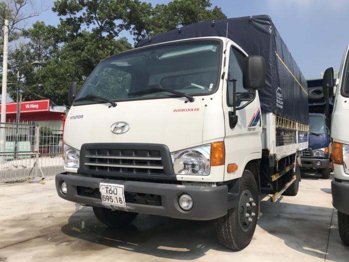 Giá xe tải Hyundai Mighty 8 tấn thùng mui bạt, trả trước 100 triệu, có xe giao...