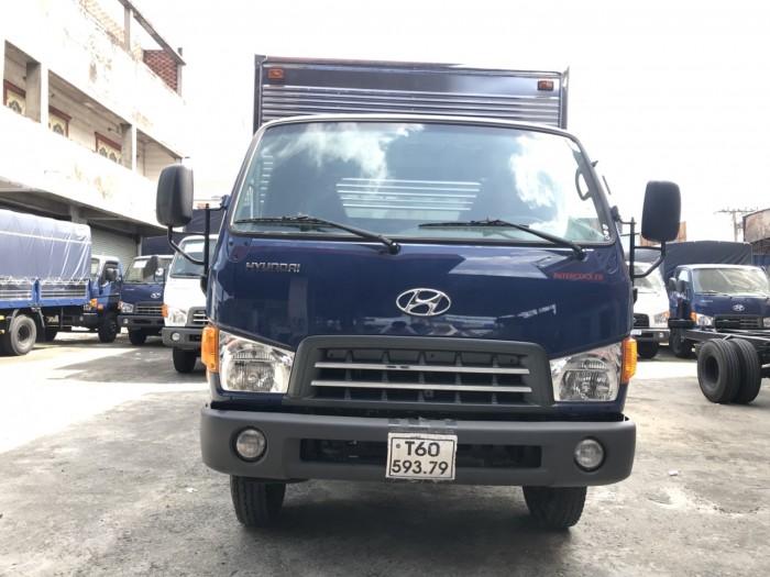 Khuyến mãi mua xe tải Hyundai Mighty 8 tấn thùng kín inox, trả trước 100 triệu giao luôn xe tại Hyundai Vũ Hùng - Hotline: 0933638116 (MrHùng 24/24)