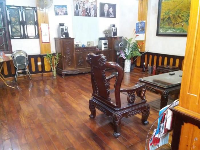 Nhà phố Nguyễn Văn Cừ 90m, MT 5,2m