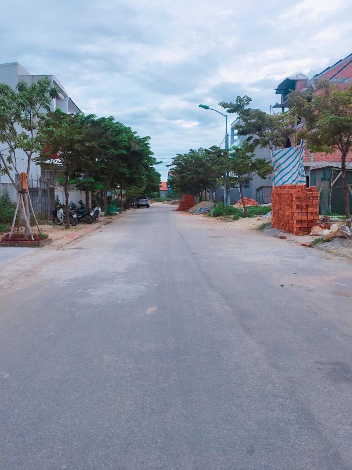 Đất mặt tiền KQH Xuân Phú – TP Huế.Hướng Nam, dt117m2, đường 19,5m