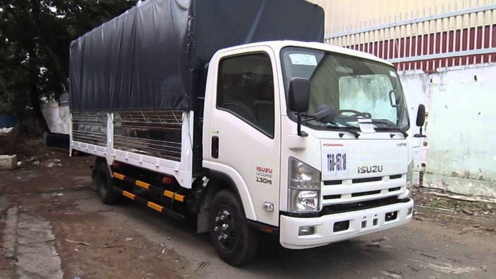 Xe tải Isuzu 3 tấn 5, thùng dài, trả trước 70 triệu có ngay xe tại nhà 2