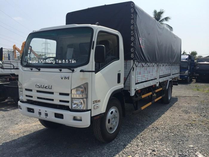 xe tải isuzu VM thùng dài 7m, tải 8.2 tấn , trả góp 90% giá trị xe 2
