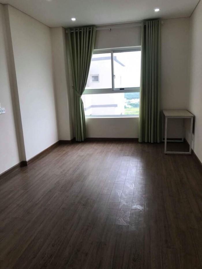 Cho thuê căn hộ Dragon Hill 2, 2 Phòng Ngủ, nội thất dính tường giá 10triệu/tháng