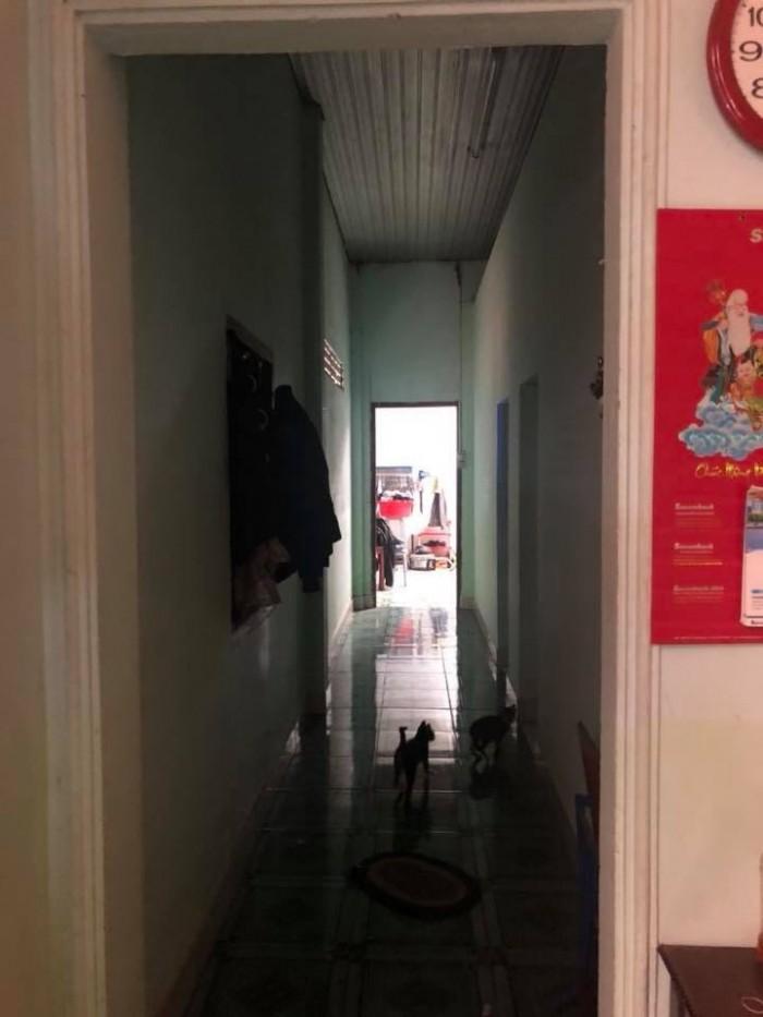 Bán nhà cấp 4 còn ở tốt số hẽm Phạm Văn Bạch , 122.5m2