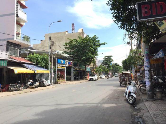 Cần bán nhà mặt tiền đường TÂN HƯƠNG quân Tân Phú, dt 4,3x23m
