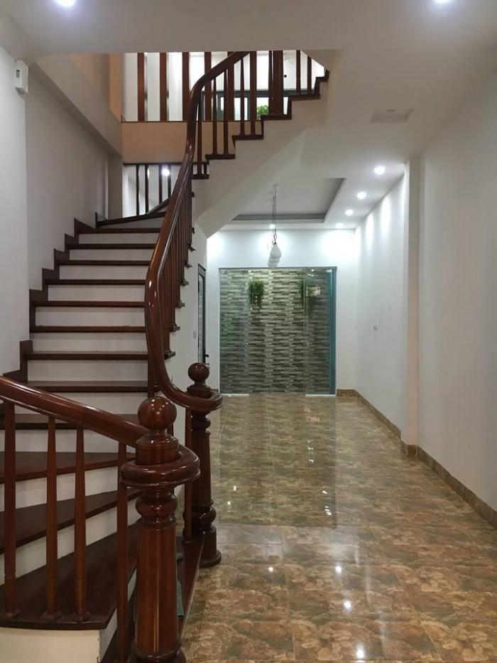 Nhà Trích Sài khu phân lô, nội thất xịn, dân trí cao 50m2 5 tầng