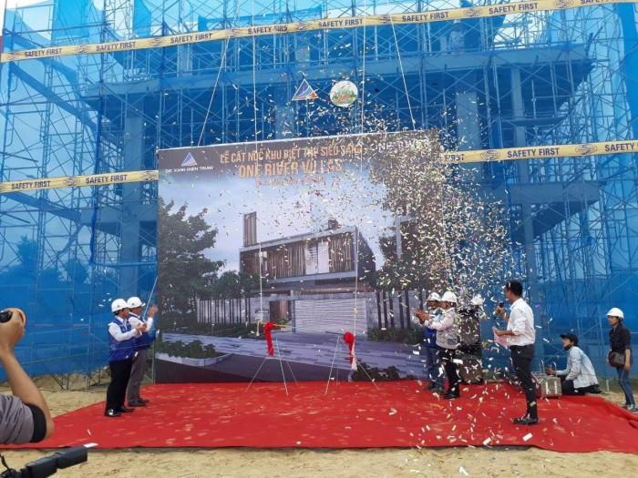 Bán biệt thự trong KĐT Phú Mỹ An, sát KĐT FPT, sân golf Mongomerin