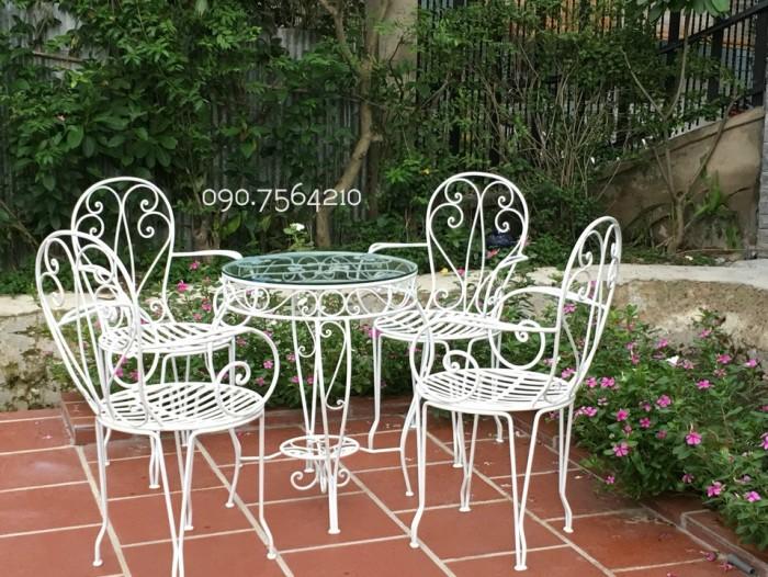 Bàn ghế sân vườn xuất khẩu giá đang ưu đải cho khách