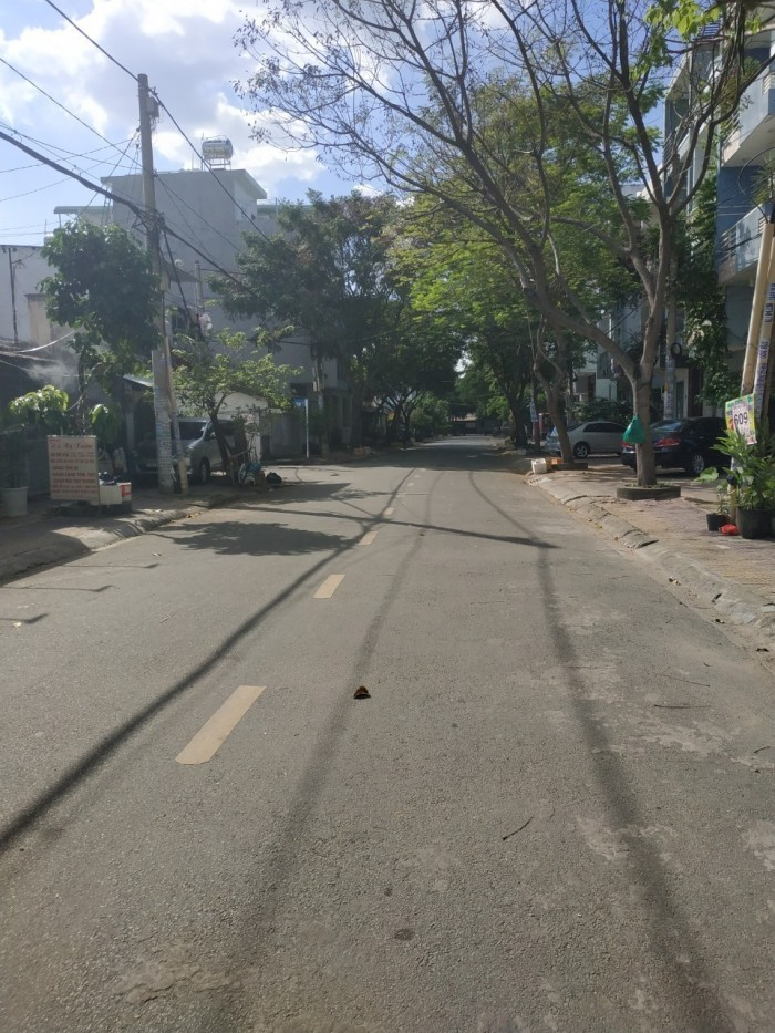 Cần bán nhà c4 mt  đường 9 Phước Bình , quận 9 .