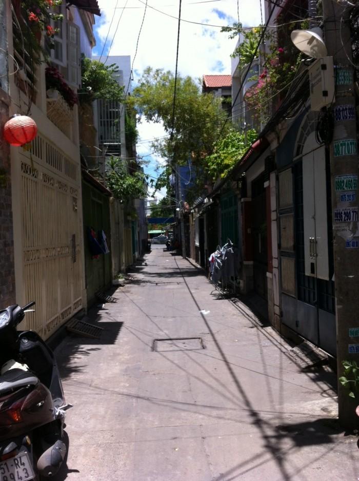 Nhà đường Lý Thái Tổ, phường 9, quận 10