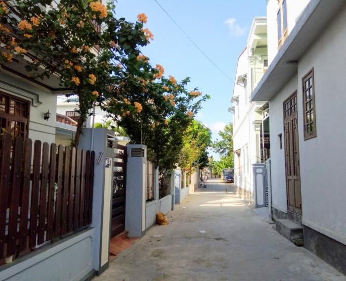 180m2(6x30), đường 7m, đường Nguyễn Sinh Cung