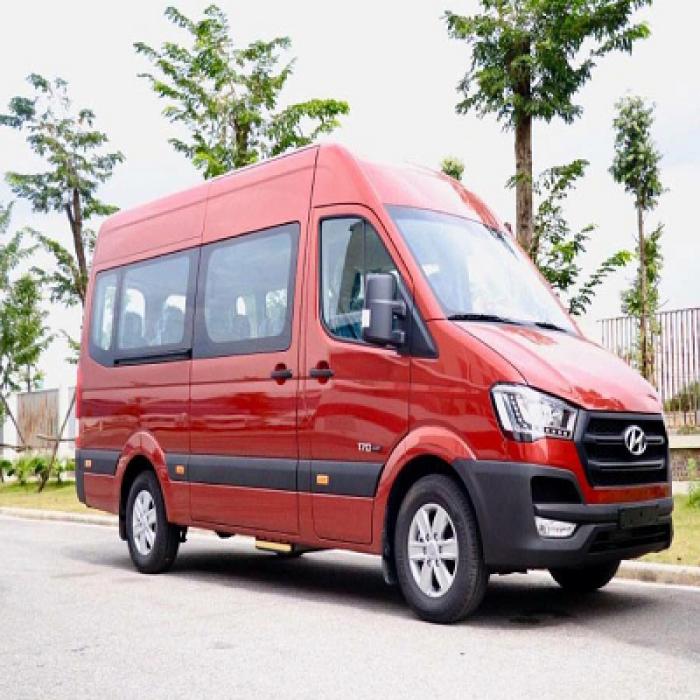 Hyundai Solati 16 chổ trả trước 200 triệu có xe giao ngay