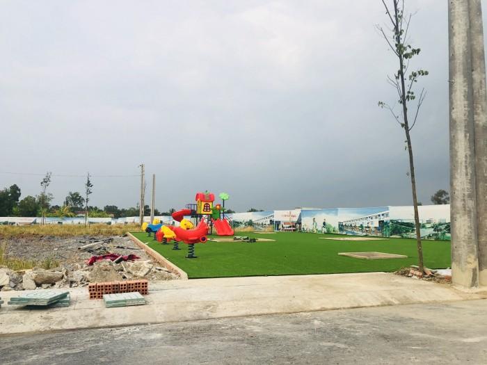 Cần bán lô đất sát công viên thích hợp để đầu tư hoặc xây ở