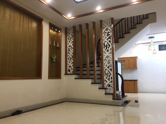 Bán nhà phân lô ngõ 67 phố Đức Giang, Long Biên, Gia Lâm. DT 90m x 4 tầng thoáng 2 mặt,MT5m