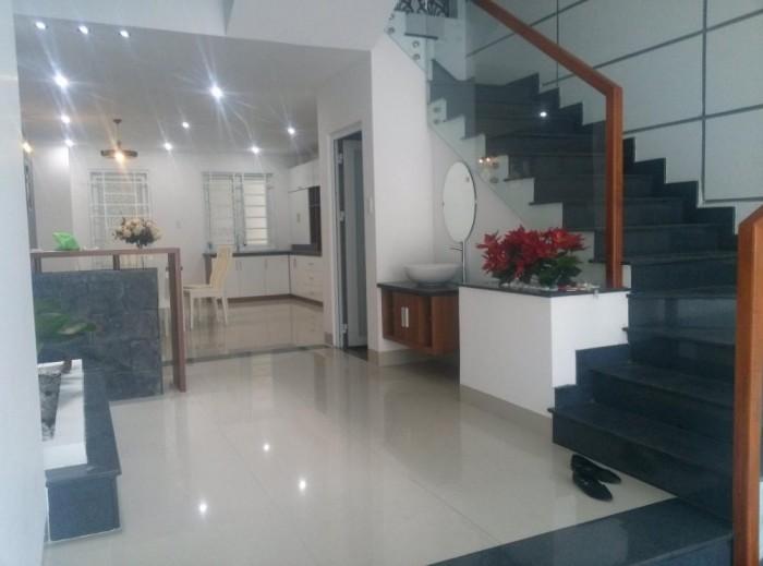 Cần tiền bán gấp căn nhà mới xây MT Ung Văn Khiêm, Bình Thạnh.