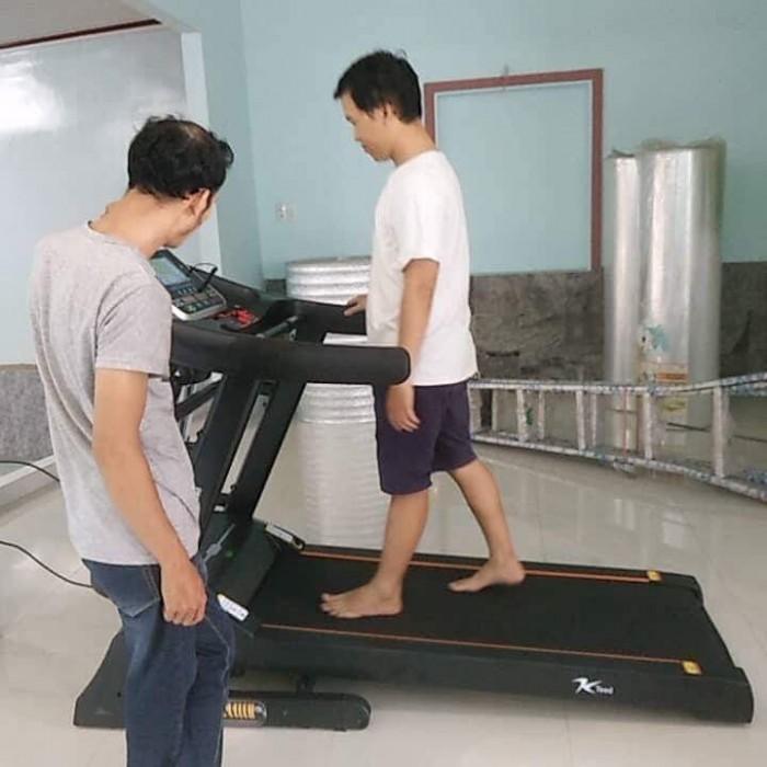 Máy chạy gia đình f30 máy chạy đa năng giảm cân, tốc độ bàn chạy đạt 16km/h giao hàng nhanh 24h4