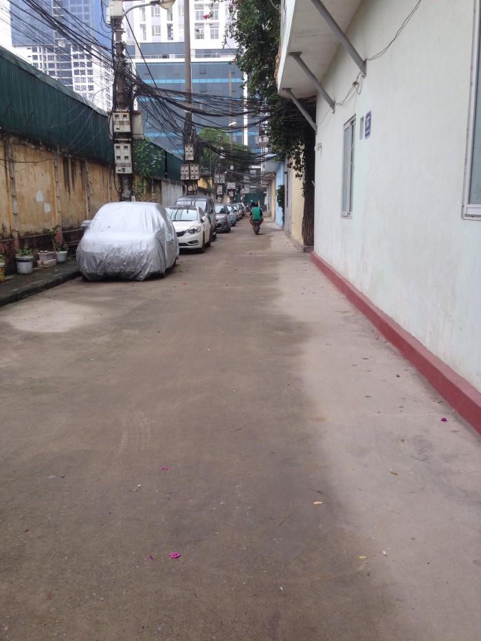 Bán nhà phân lô, Ô tô đỗ cửa phố Nguyễn tuân. 4 tầng.
