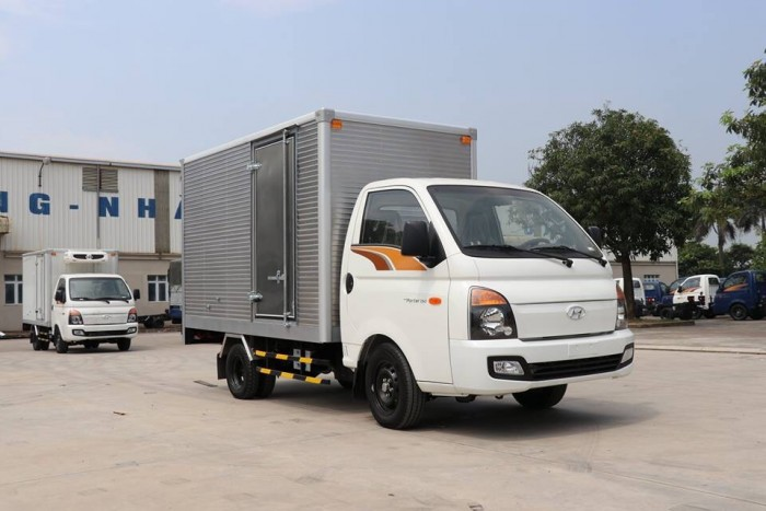 Xe tải Huyndai New Poter h150 đóng thùng theo yêu cầu