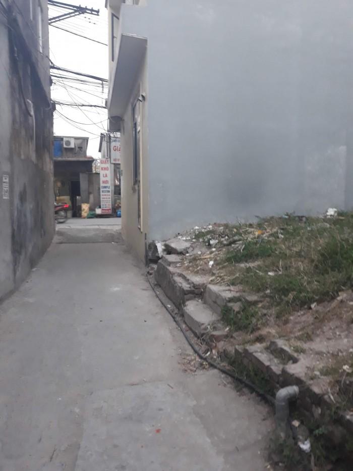 Bán 45m2 đất thổ cư ngõ 2 xóm Cầu ngay đầu cầu sắt Hữu Hòa
