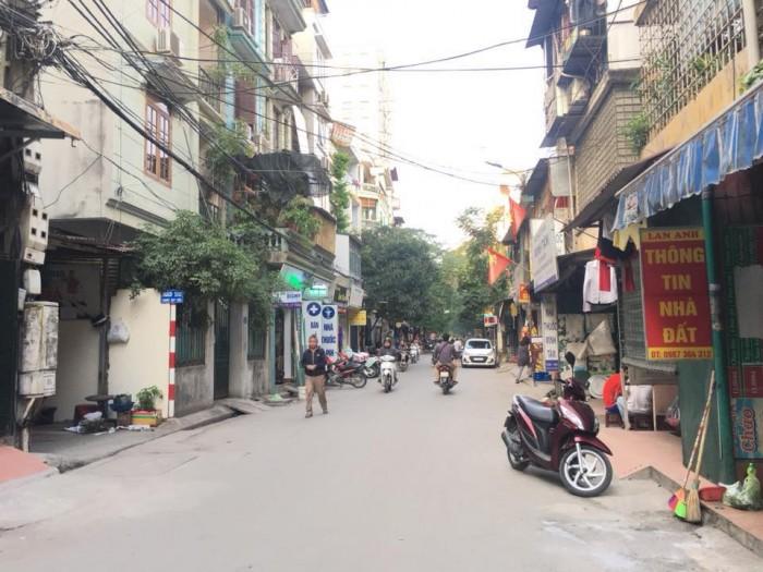 Bán nhà, bán đất 3T, 190m Nguyễn Trãi, ROYAL CITY -Ngã Tư Sở cho thuê 20tr/th xíu