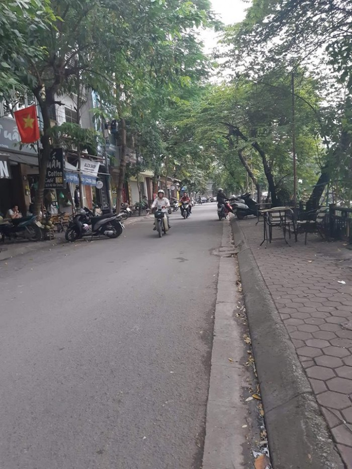 Bán nhà Kinh Doanh mặt phố Hồ Văn Chương – Đống Đa 35m2, 5 tầng