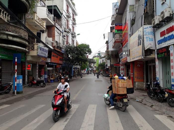 Bán nhà đẹp 4 tầng kinh doanh cực đỉnh, đường ô tô tránh phố Trương Định