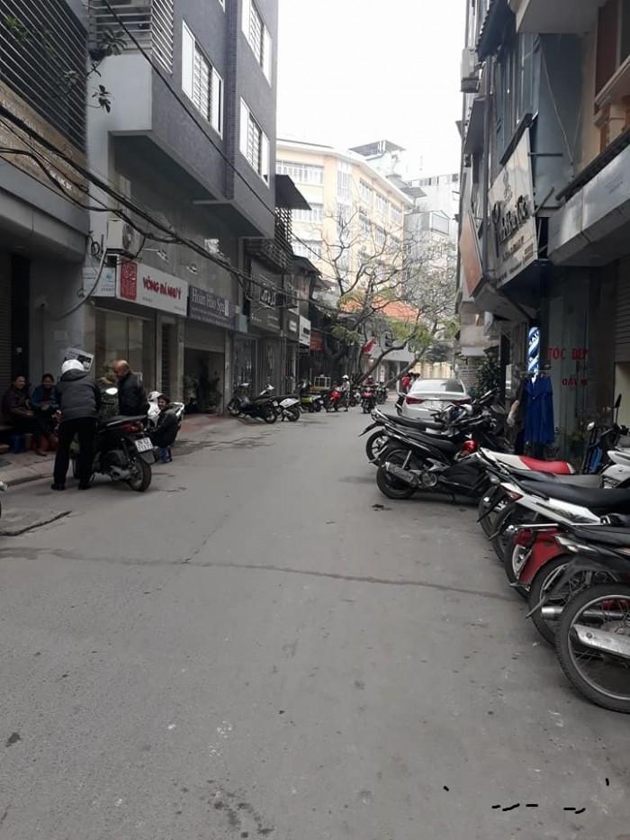 Bán nhà Phan Đình Giót, sân để xe ô tô, 60m2 x 4T