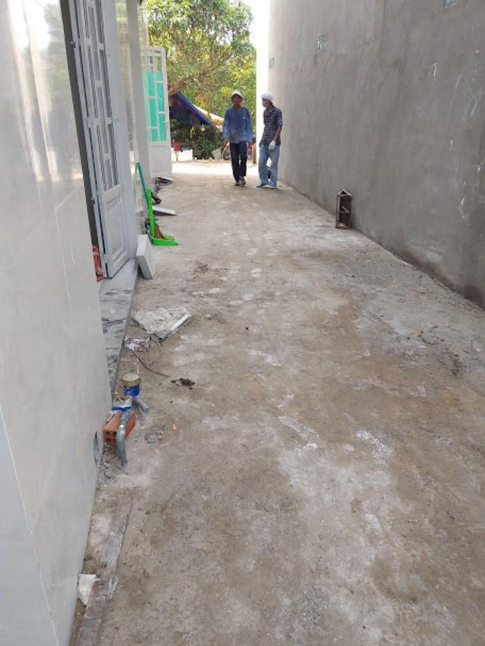 Nhà giá rẻ mới xây xã Mỹ Lộc, DT 4x8m, lầu, 2PN