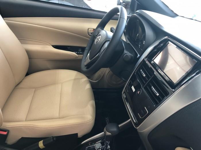 Toyota  Yaris 1.5G AT màu trắng giao ngay 1