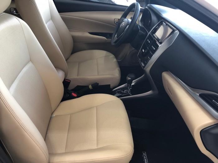 Toyota  Yaris 1.5G AT màu trắng giao ngay 0