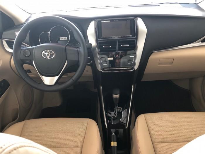 Toyota  vios 1.5G màu trắng giao ngay 0