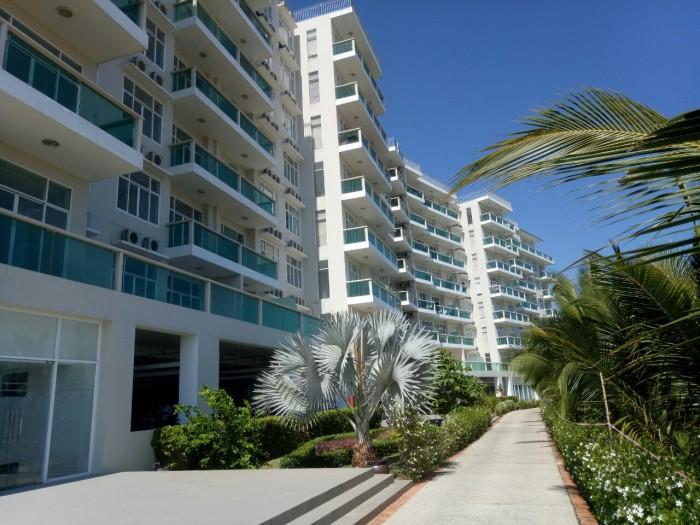 Luxury Hometel - căn hộ biển cao cấp sổ hồng vĩnh viễn đầu tiên tại Phan Thiết