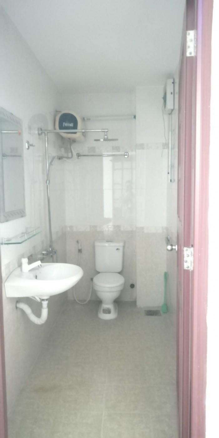 Cho thuê nhà 3T trung tâm TP, gần bờ hồ Hàm Nghi, HAGL 15 triệu/ tháng