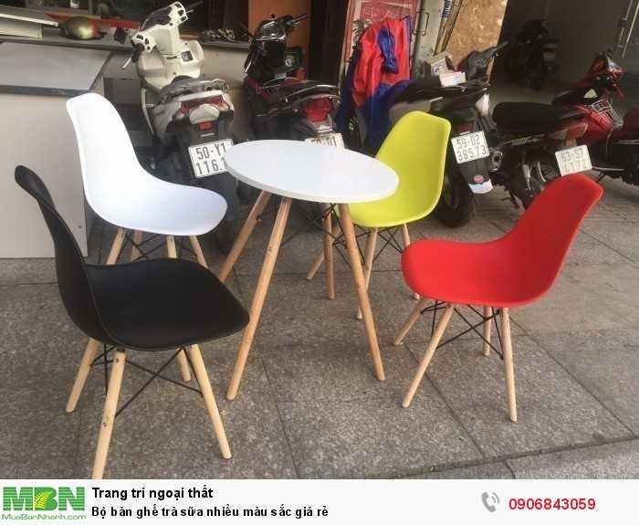 Bộ bàn ghế trà sữa nhiều màu sắc giá rẻ0