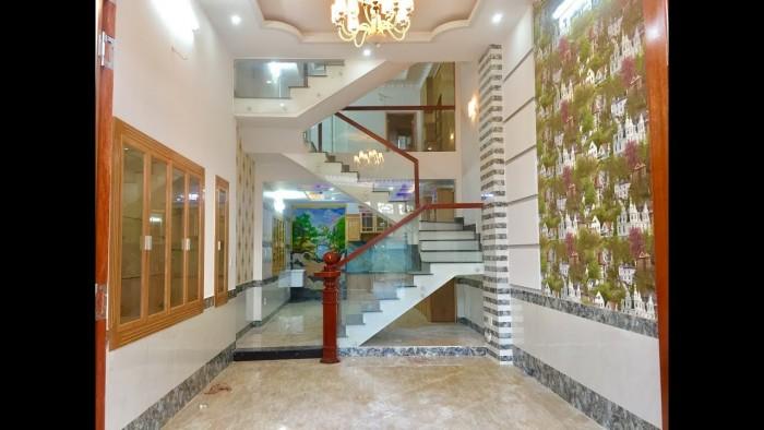 Nhà hẻm xe hơi 8m Nguyễn Xí, 4.5x14m, 1 trệt, 3 lầu